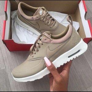 Nike Air Max Thea Desert Camo 🤎